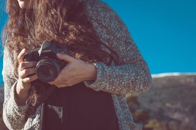 Canon camera dslr, people.