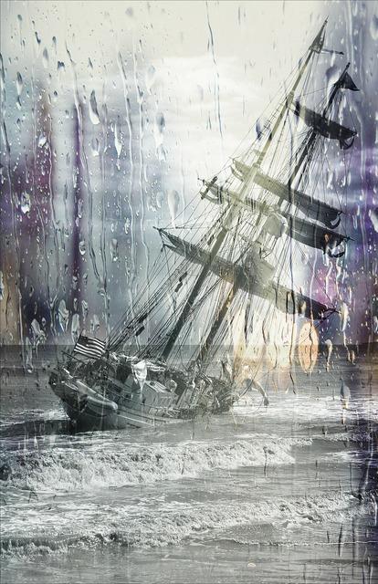 Capsize sailing ship stuck, travel vacation.