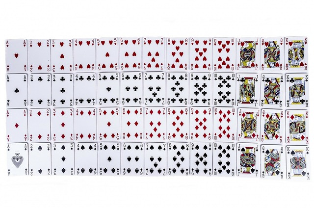 Cards play deck.