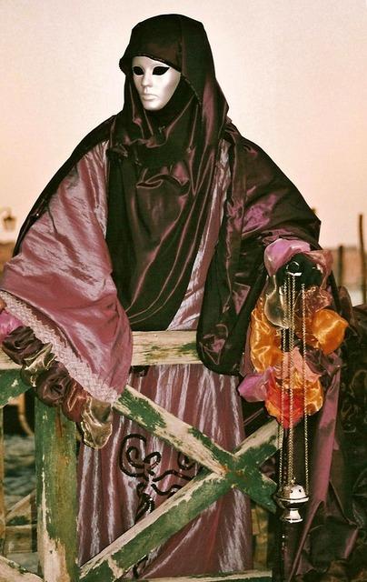 Carnival mask figure.