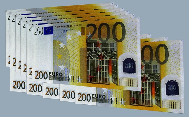 Cash and cash equivalents 200 euro bills euro, business finance.