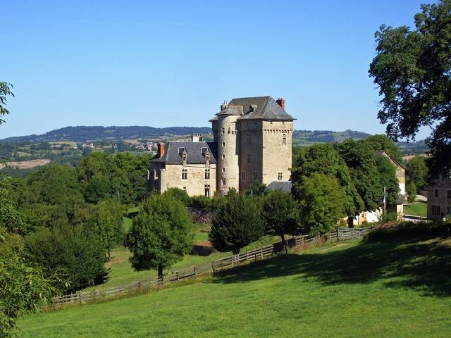 Castle aveyron medieval, architecture buildings.