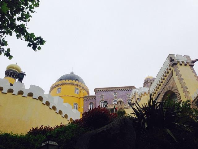 Castle da pena portugal.