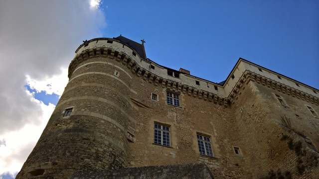 Castle diving against old.