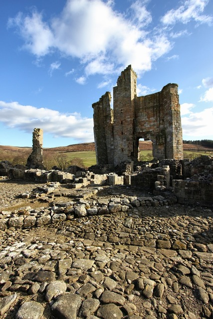 Castle edlingham ruin, places monuments.