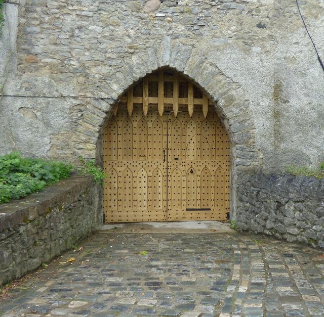 Castle entrance architecture, architecture buildings.
