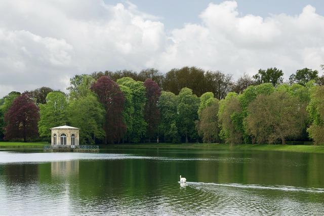 Castle fontainebleau schlossgarten.