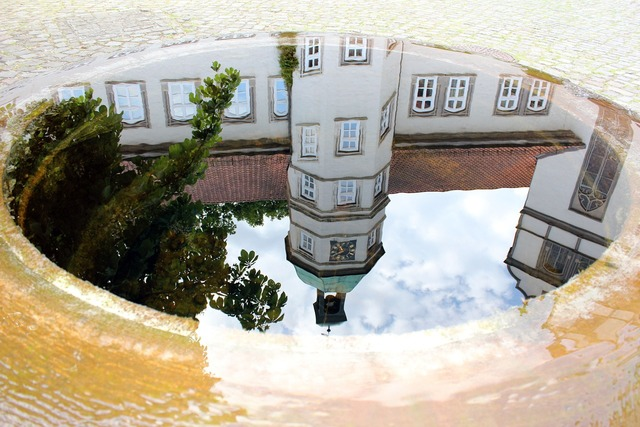 Castle gifhorn fountain, architecture buildings.