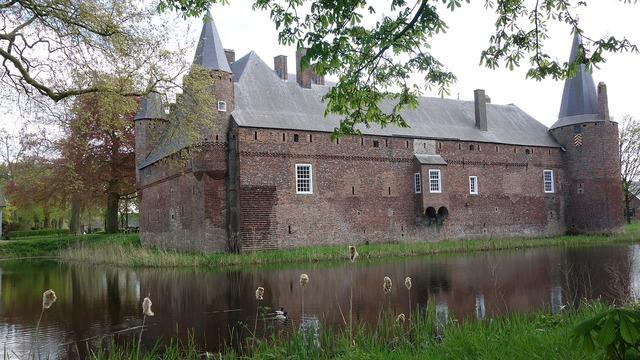 Castle hernen fourteenth century.