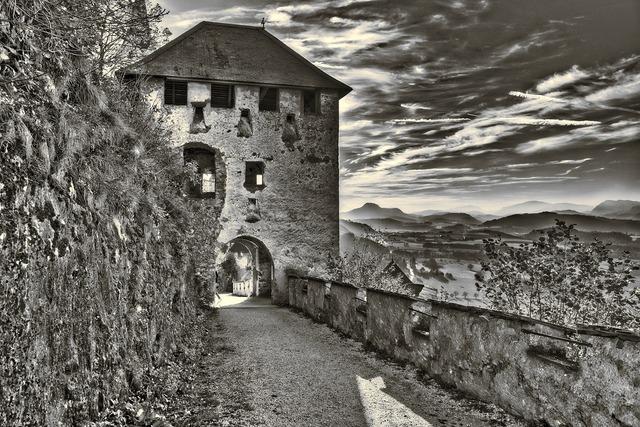 Castle hochosterwitz carinthia, places monuments.