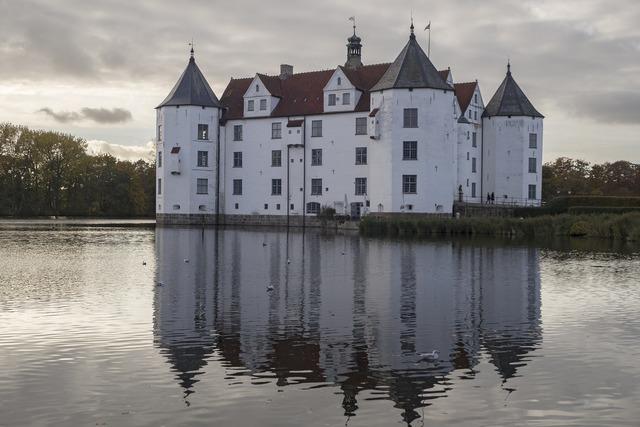 Castle moated castle glücksburg, architecture buildings.