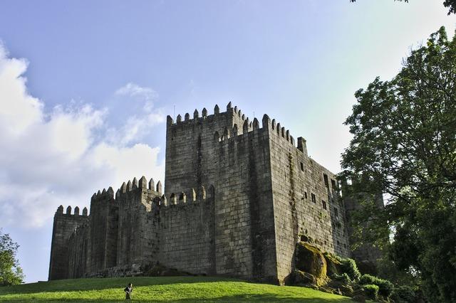 Castle of sao manede castle guimarães.