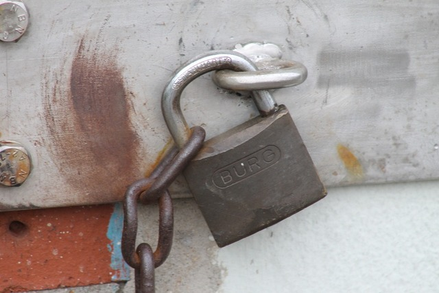 Castle padlock completed.