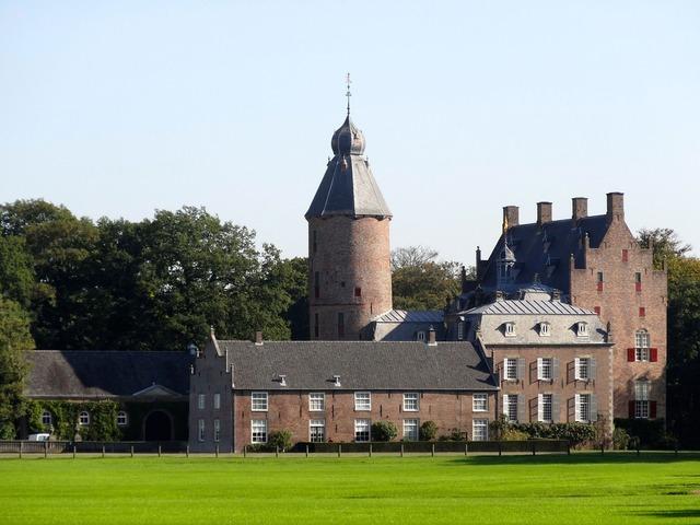 Castle rechteren palace, architecture buildings.