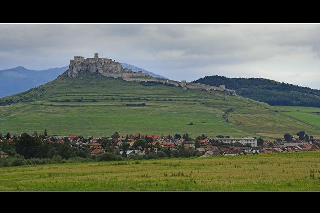 Castle unesco large, places monuments.