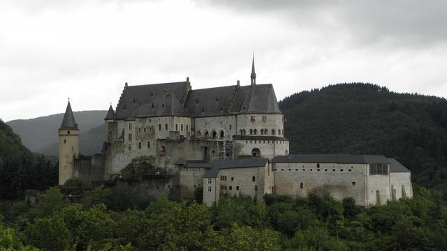 Castle vianden luxembourg, places monuments.