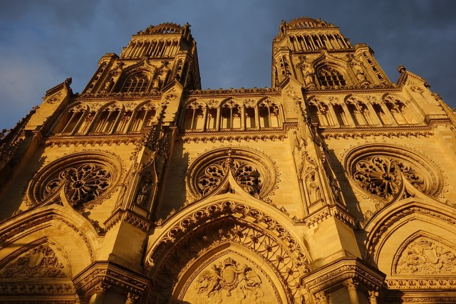Cathedral orleans france, religion.