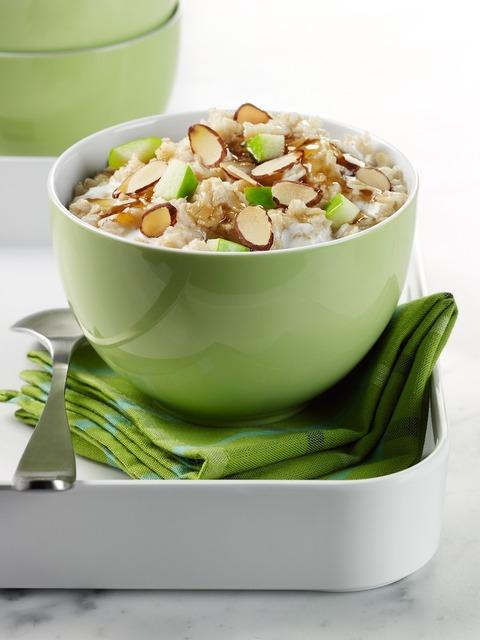 Cereal breakfast oats, food drink.