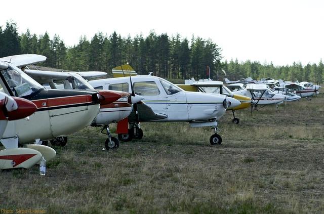 Cessna aviation flying.