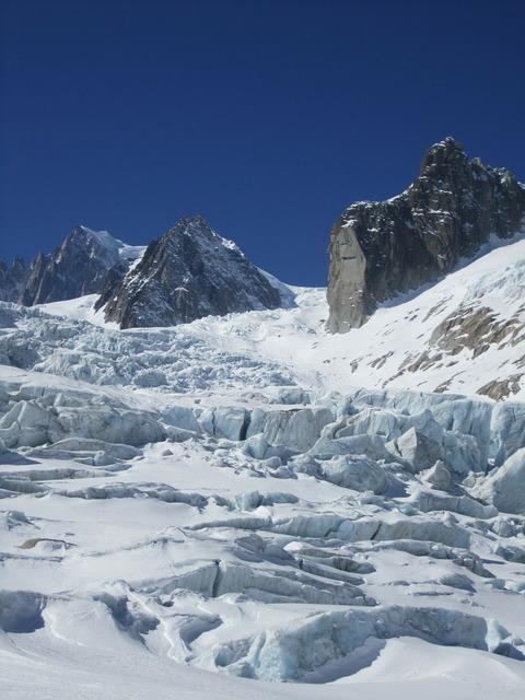 Chamonix crevasses vallée blanche, sports.