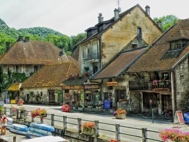Chanaz france village.
