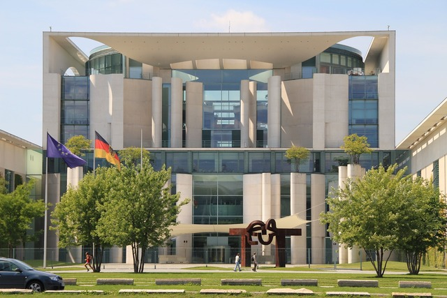 Chancellery berlin government district.