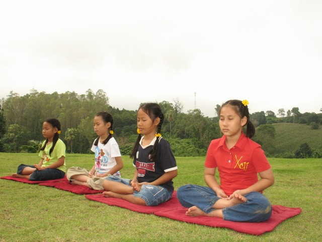 Children buddhists tailor seat, people.