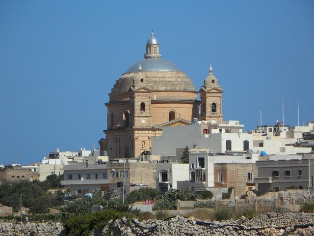 Church dome malta, religion.