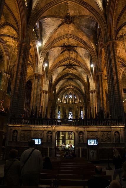 Church gothic dom, religion.