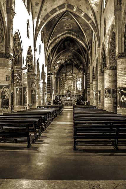 Church st francis praises, religion.