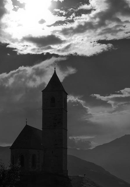 Church st kathrein avelengo, religion.