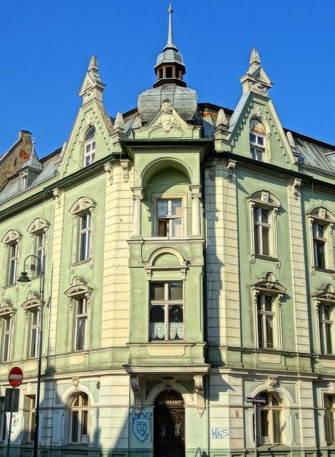 Cieszkowskiego street bydgoszcz pediment, architecture buildings.