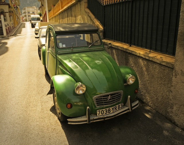 Citroën 2cv car old, transportation traffic.