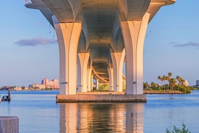 Clearwater memorial bridge memorial causeway clearwater bay.