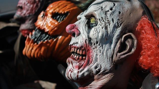 Clown mask evil clown pumpkin mask, emotions.