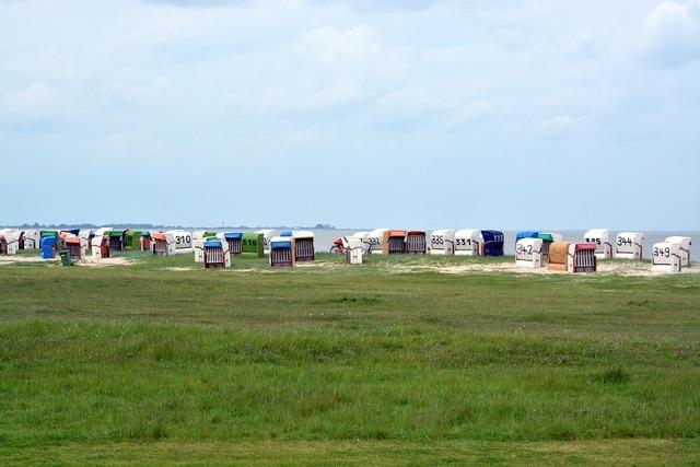 Clubs beach north sea, travel vacation.