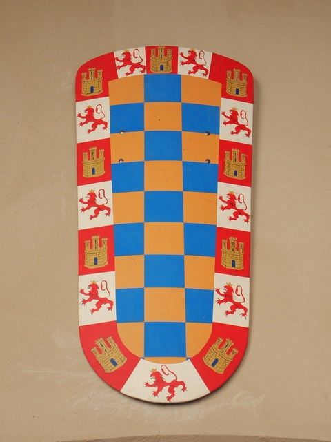 Coat of arms castilla crown.