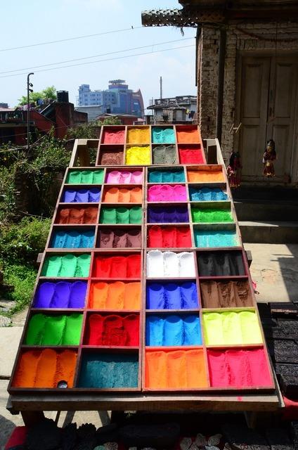 Colors pigments festival.