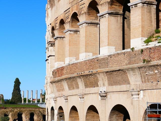 Colosseum rome amphitheater, places monuments.