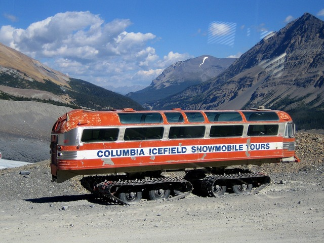 Columbia icefield snowmobile bus, transportation traffic.