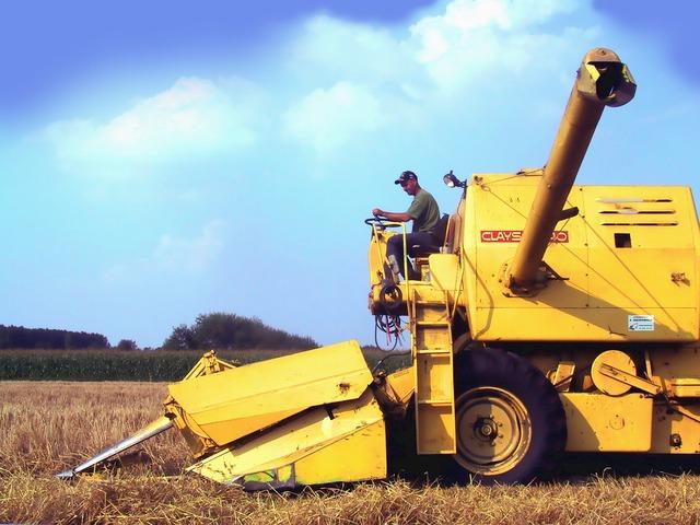 Combine harvester combine clayson-140.