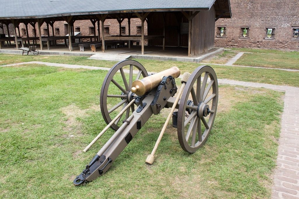 Confederate cannon fort james jackson cannon, places monuments.