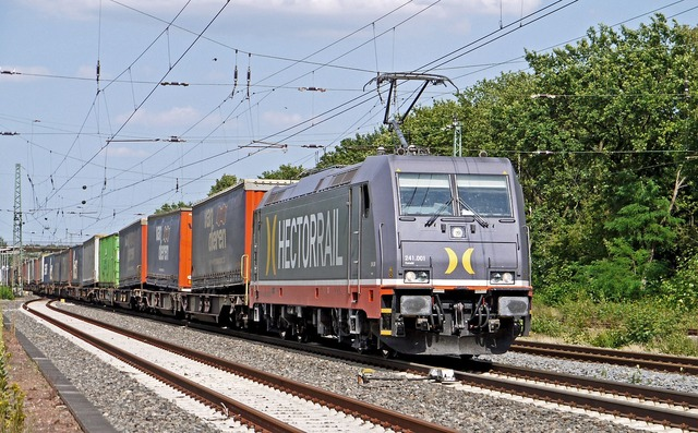 Container train electric locomotive hectorrail.