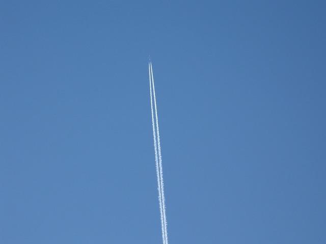 Contrails vapor trails jet trails.