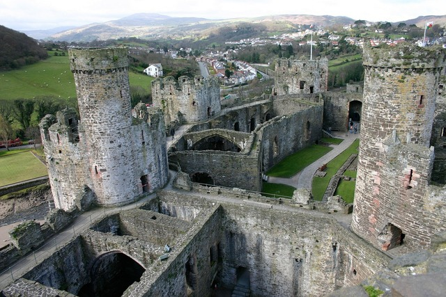 Conwy castle wales, places monuments.