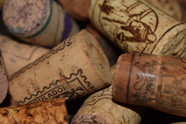 Corks wine plugs.