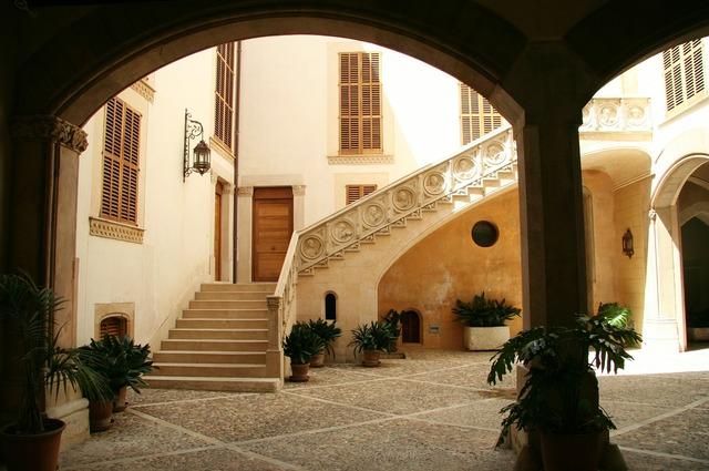 Courtyard arcade stairs.