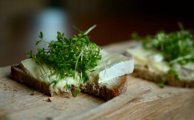 Cress herbs cheese bread.