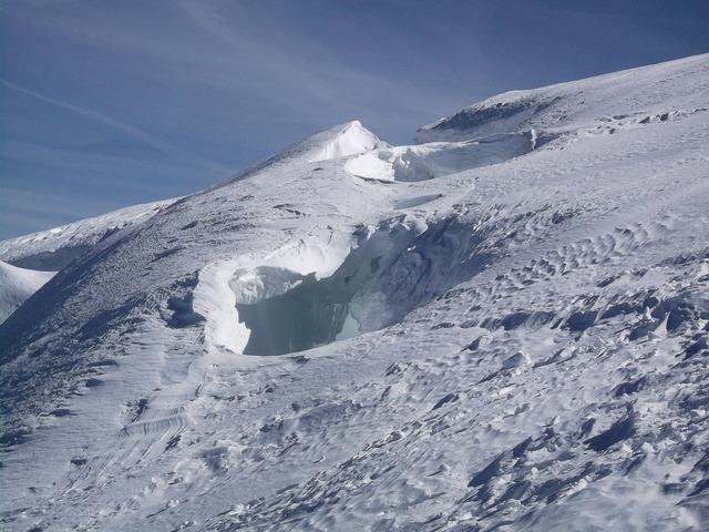 Crevasse mont blanc snow, nature landscapes.