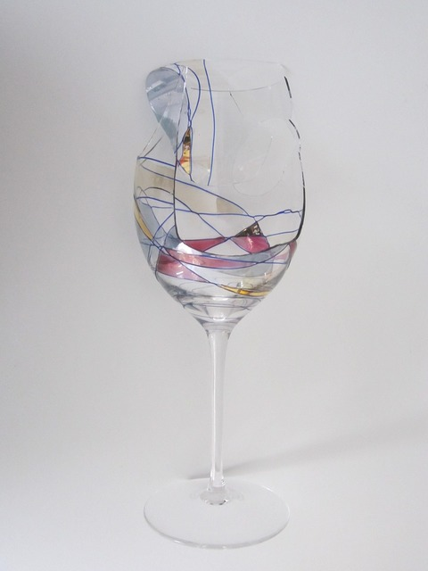 Cup glass wine.
